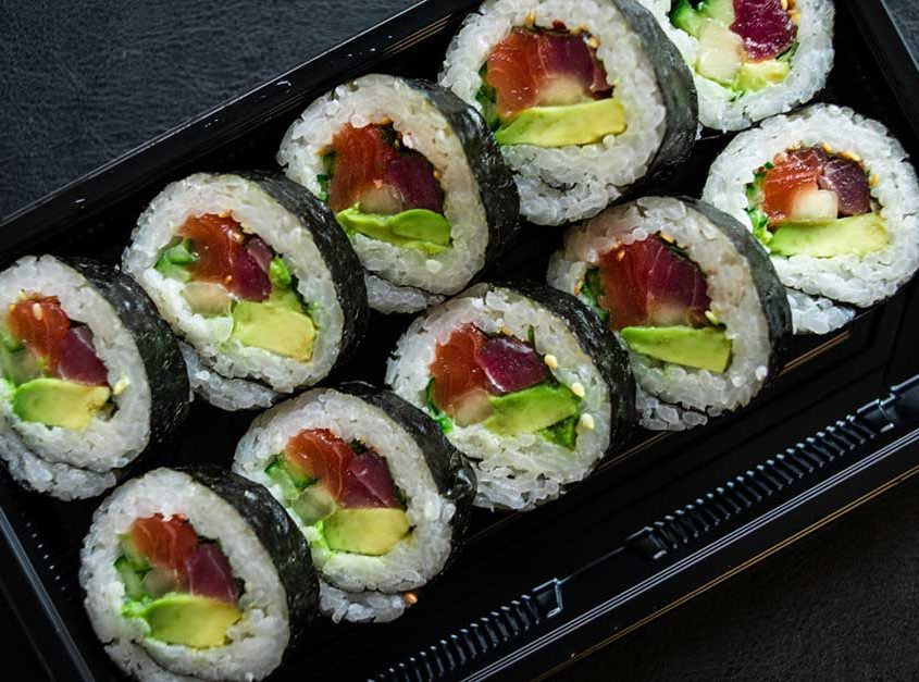 Tuna Salmon Futomaki (Raw Fish)
